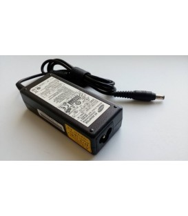 Блок живлення для ноутбука SAMSUNG 19V, 3.16A, 60W, 5.5*3.0-PIN, 3 hole, black with pin inside (ADP-60ZH A (AD-6019))
